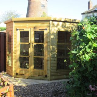 loglap corner summerhouse